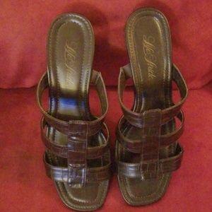 Women's brown low heel sandals